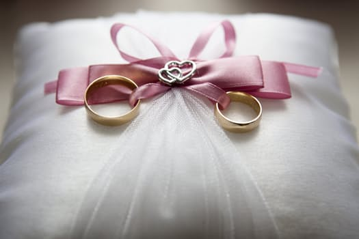 10 Ideas on What to Do First When Planning Your Wedding